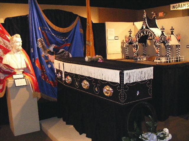 Lincoln's casket