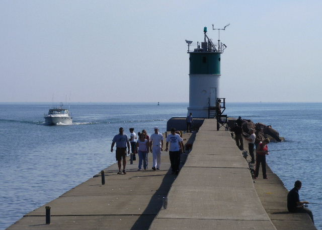 Waukegan Harbor Light — September 20, 2008