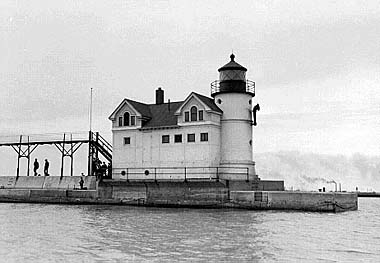 The Waukegan Harbor Light as originally constructed